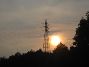 夕立後の夕日